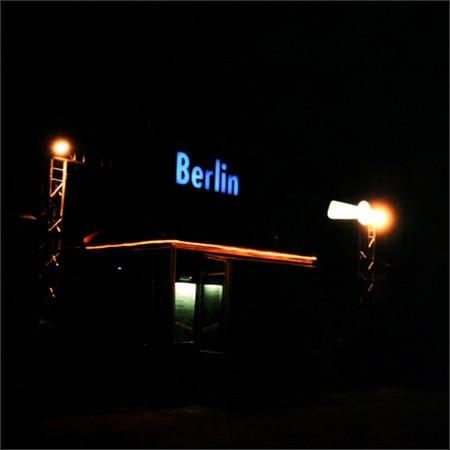 http://enricmontes.com/files/gimgs/th-16_IN-BERLIN-web01.jpg