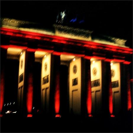http://enricmontes.com/files/gimgs/th-16_IN-BERLIN-web02.jpg