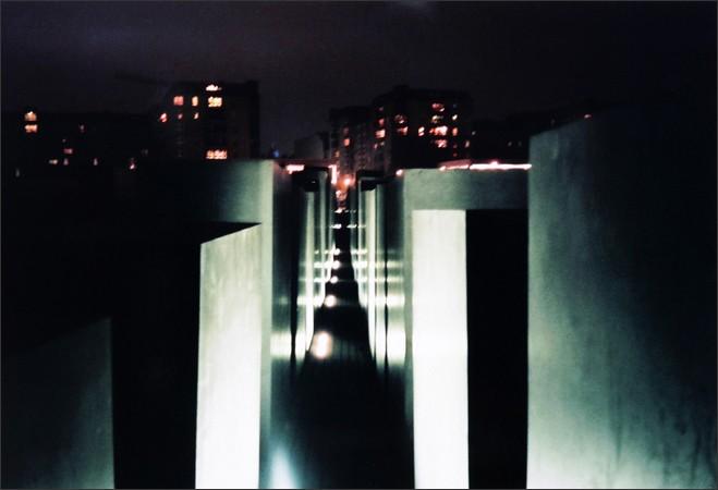 http://enricmontes.com/files/gimgs/th-16_IN-BERLIN-web15.jpg